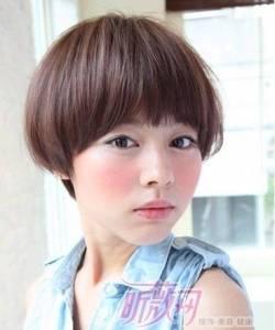 《10大最不受男生歡迎的女生髮型》竟然是……最後下面有神回~
