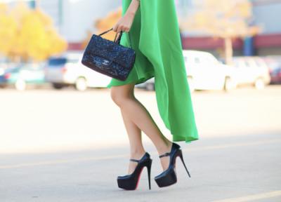 10秒掌握 美麗不要代價 穿高跟鞋不痛不磨腳的方法|USTYLE