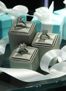 小心!結婚戒指千萬別買太貴,否則很可怕