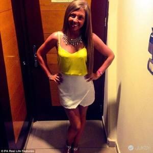 同一件衣服絕不穿第二次!這個 23 歲女生穿舊衣會感到非常尷尬