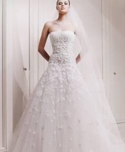 每個姓氏都是一套婚紗,快看看你的婚紗有多美.....90 的女生看完都痛哭流涕了