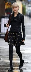 跟「獵男高手」學穿搭!泰勒絲冬季長外套與毛衣的搭配技巧