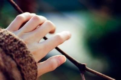 上了心的人,才會在心上;動了情的情,才會用深情