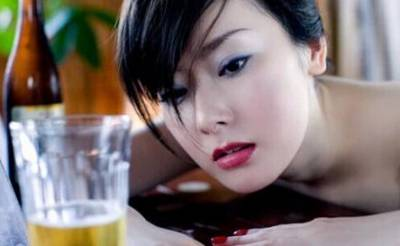 喝酒就能看出女人的慾望,你看懂了嗎?