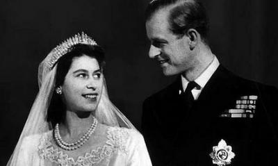 他為了她,放棄王位,做了她70年侍衛!