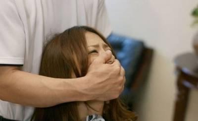 這個女孩遇到歹徒,就因為多說了一句話被殺了!!!遇到襲擊要如何自保?