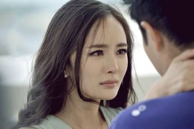 我不懂什麼叫挽留,我只知道,愛我的人不會離開我,因為他知道,我會難過...