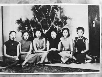上海灘最後的大小姐依然健在,108歲仍擦香水穿高跟鞋!