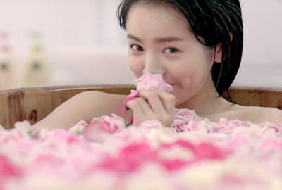 有一起洗澡嗎?愛是要這樣做的….