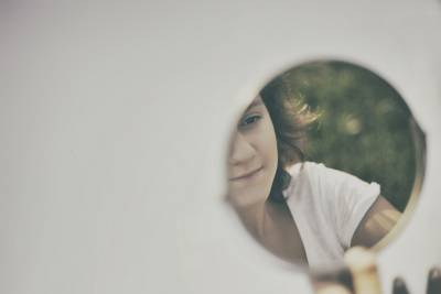 你之所以不幸福,是因為.......。愛,不是兩個人為了對方而改變自己!!