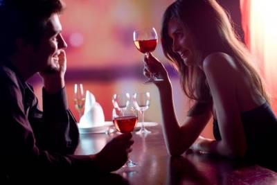 女生要怎麼樣搭訕男生?2個狀況4種招式,關於裝熟這檔事......