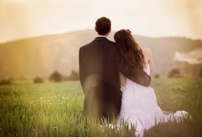 為何戀愛?為何不忠?小三為何不怕大老婆?│方舟文化