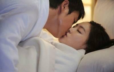 他和她新婚不久,漂亮妻子卻趁丈夫不在時給別的男人發信說...