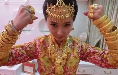 會花錢的女人才能稱王!看女人把錢穿在身上和用在臉上的區別!