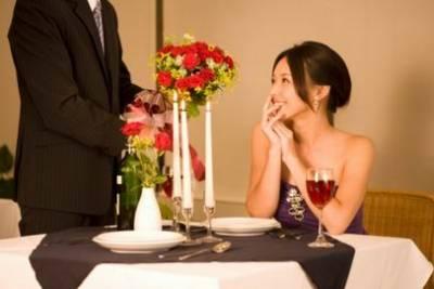 老公從小三的胸一直摸到腳,妻子看後淚流滿面....