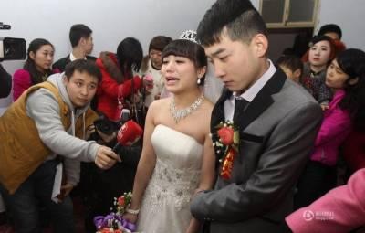 瘋傳!我想幫老公找個新的女朋友!『因為我太愛他了』... 每看一次哭一次)