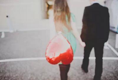 愛就是...有個人,直到最後也沒走!