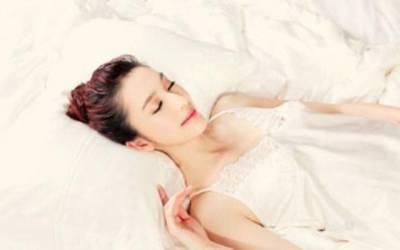 愛睡懶覺的女人,身上全是優點! 同意的點贊..哈哈.