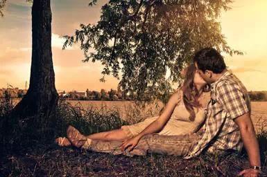 超準 接吻時,男人的手摸哪透露出來的秘密