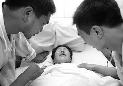 超感人!十個地震發生時的催淚故事!母親以身護子遺言:如果你活下來了…