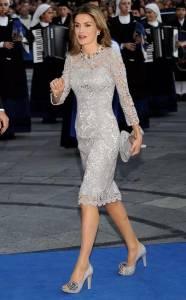 這女人太神了...離婚後...她竟然當上了皇后!愛情來了就要把握!女人都看看吧...
