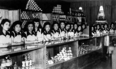 網路瘋傳!誰說婊子無情無意!十萬日本女人爲何要上駐日美軍的床?(歡迎分享)