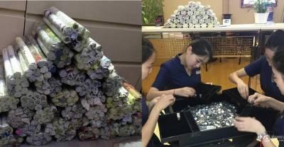 10歲承諾要「娶妳」,20年後他拿著150公斤的零錢來到珠寶店...店員數完這些銅板都被金額嚇到了!