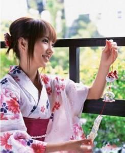 日本女孩為何婚後仍與父同浴?