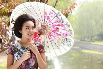 請你用一輩子,去愛那個為你撐傘的人