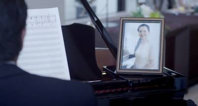 日本最催淚的影片,父親在女兒結婚典禮上彈奏的一首曲子《卡農》