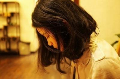 北京有一個女人,白天在富人家裡做女傭,晚上........
