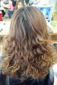 西門町推薦平價染髮 Hi Color西門二店 染髮不分長短499 含洗吹 CP值高 專業又超便宜的染護中心