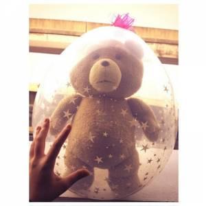 """花了兩天的時間完成的""""氣球小熊"""", 居然....第二天送到她手上變成...."""
