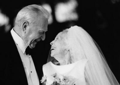 一位男人寫的《最疼我的妻子走了》,感動了億萬人!珍惜!