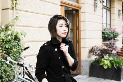 冬季款顯瘦神秘黑大衣