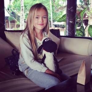 俄羅斯9歲蘿莉模特兒,這長腿太不科學!