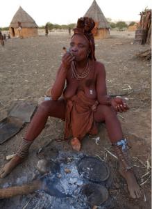 揭露摧殘非洲少女的陪睡制度:丈夫去世須與清潔者睡覺