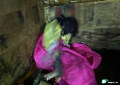 震驚!大陸邊境發現偷渡野人般生存的北韓妹妹