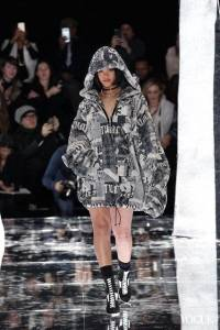 2016秋冬紐約時裝週:性感或是運動裝扮?RihannaPuma V.S. Lacoste
