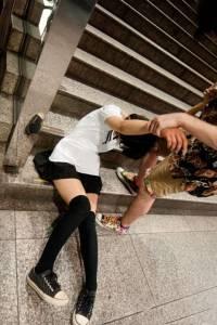妳醉我撿!女孩們,千萬別喝醉「撿屍大隊」太危險了.....