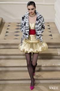 2016秋冬巴黎時裝週:Saint Laurent秋冬高訂是義式奇幻與超現實