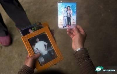 天生「帶把兒」雙性女孩:40年從未被愛情眷顧