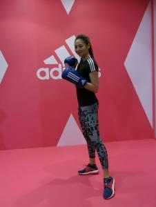正能量女孩Aggie謝沛恩挑戰拳擊賽,「打破舒適圈」
