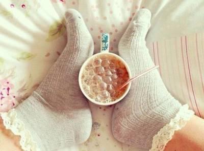 手殘女必看睡一覺就能幫頭髮上好捲的襪捲