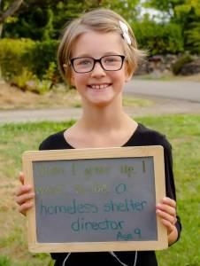 9歲小女孩為小鎮上的街友種了4年菜 蓋了11座小木屋,最後的成果令眾人都驚呆了!!她竟然…