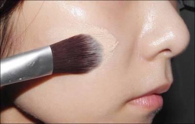 讓人著迷的姜慕煙透明感,打造自然美肌的底妝5大重點