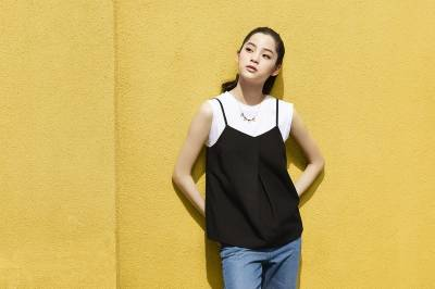 想成為年輕又時尚的少女嗎?快跟著 歐陽娜娜必敗3樣時髦單品~第2款是必須!
