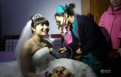 我想給我老公找個新的女朋友!