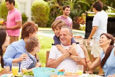 適婚年齡拉警報?5招讓你安全度過父母的逼婚碎碎唸│妞新聞