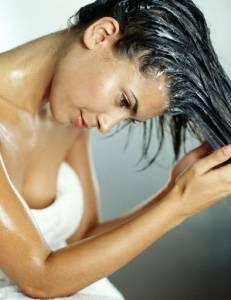 髮質乾想保養,用了護髮又變塌!3大髮絲煩惱,這樣解決...(頭髮少的苦處,誰能懂?!)